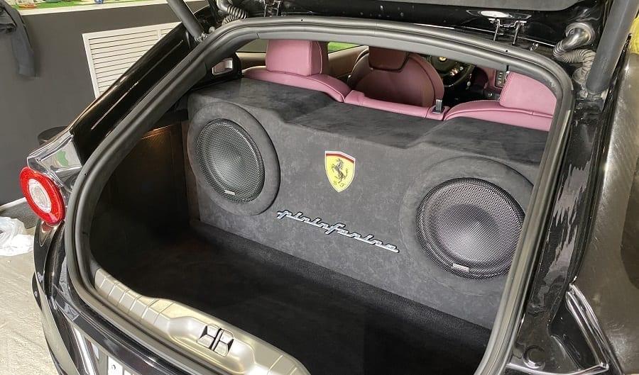 установка автозвука в Ferrari